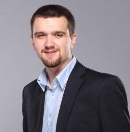 Andrey  Mokryakov